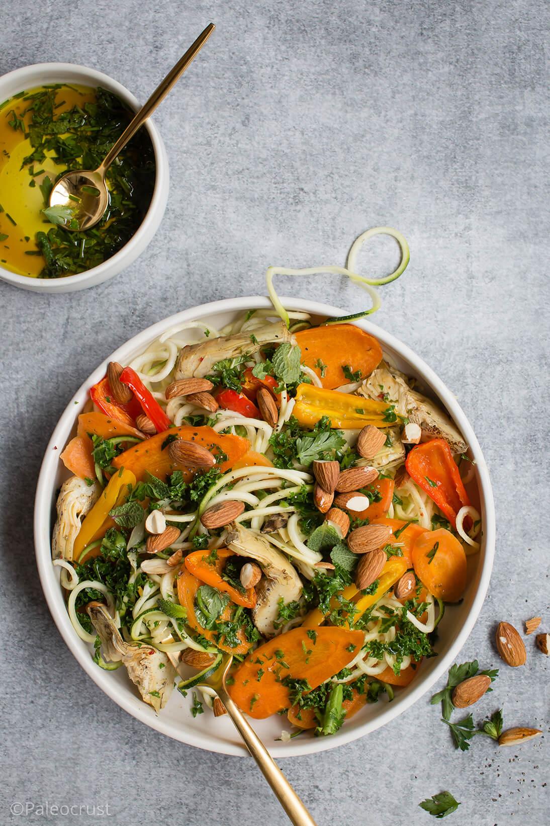 Courgette noodles, food styling, salad, healthy salad recipe, Keto recipes, Paleo recipes, Paleo, Paleo Crust, Vegan salad, vegetarian salad, food photography